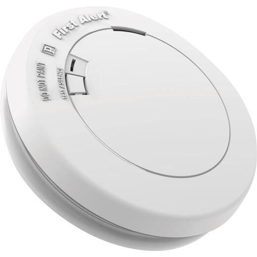 First Alert 10-Year Sealed Battery Photoelectric Smoke Alarm with Emergency Light